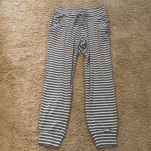 New York and Company Joggers